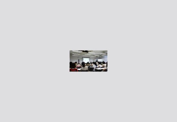4VCD/卒業制作展2012/第1回合評会
