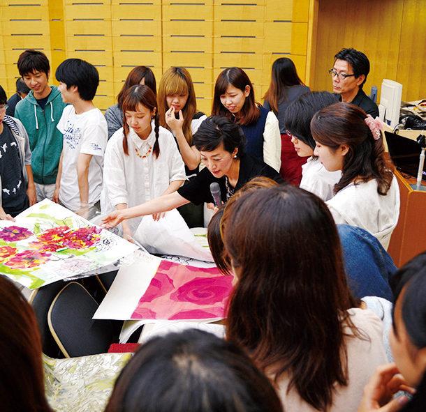 外部講師による講義『デザインの世界』